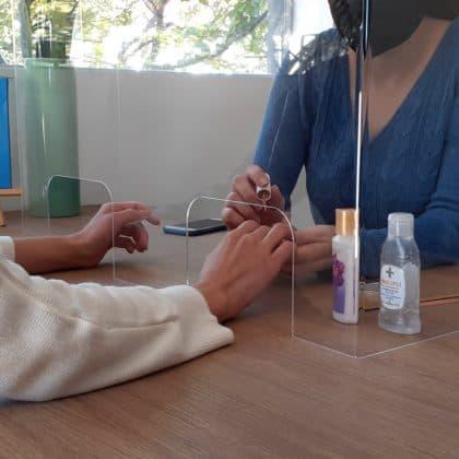Protector Acrílico para Manicure