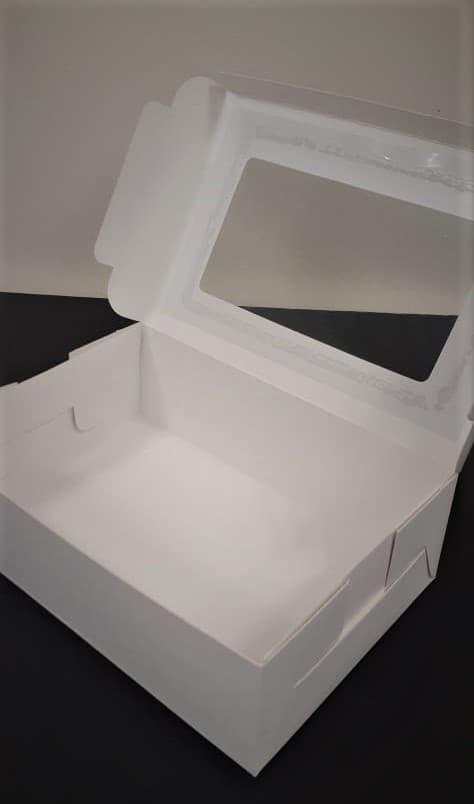 Caja rectangular con visor